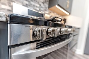 Best Homemade Cleaning Solutions. Clean-Stove-oven door and-control knobs